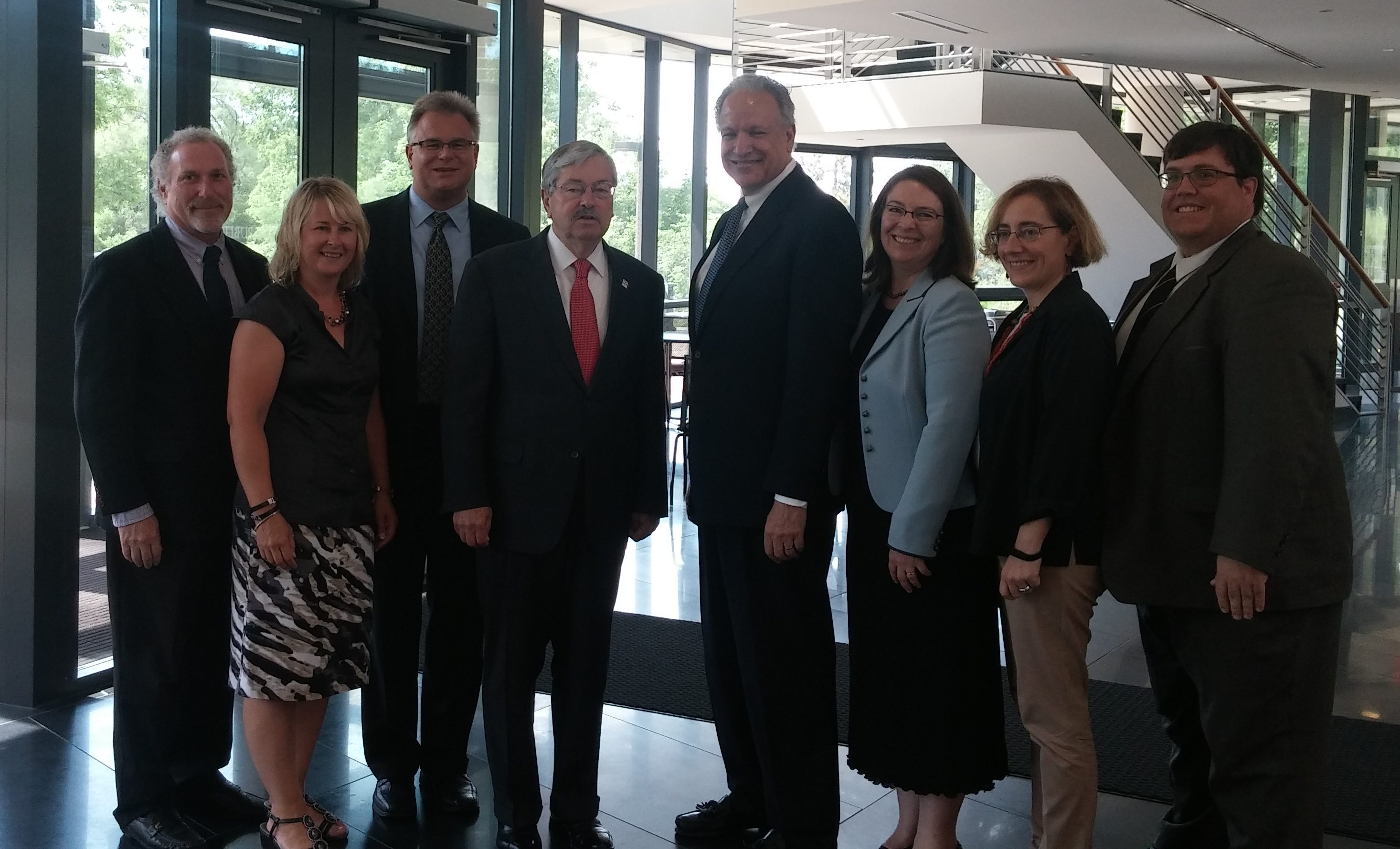 IPRC and UI researchers with Dr. Rosekind (NHTSA) and Gov. Branstad at the Drowsy Driving Summit.